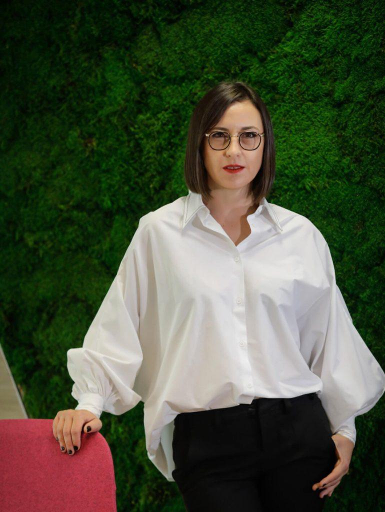 Simona Fîrtat, Director comunicare, sustenabilitate și relații publice, L%u2019Oréal România